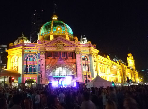 white night flinders st station