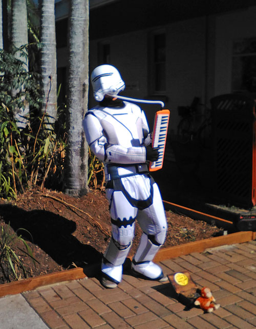 stormtrooper-busker-party-web